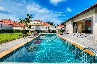 3 BD Garden pool villa in Bangtao 3 BD Garden pool villa in Bangtao