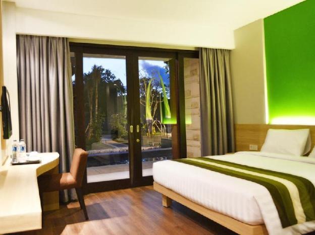 Grand Whiz Hotel Nusa Dua