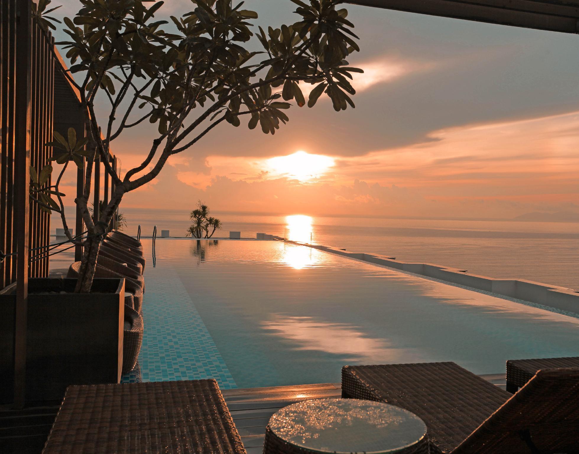 HAIAN Beach Hotel And Spa