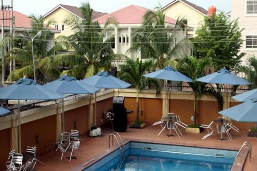 Manyxville Hotel & Suites