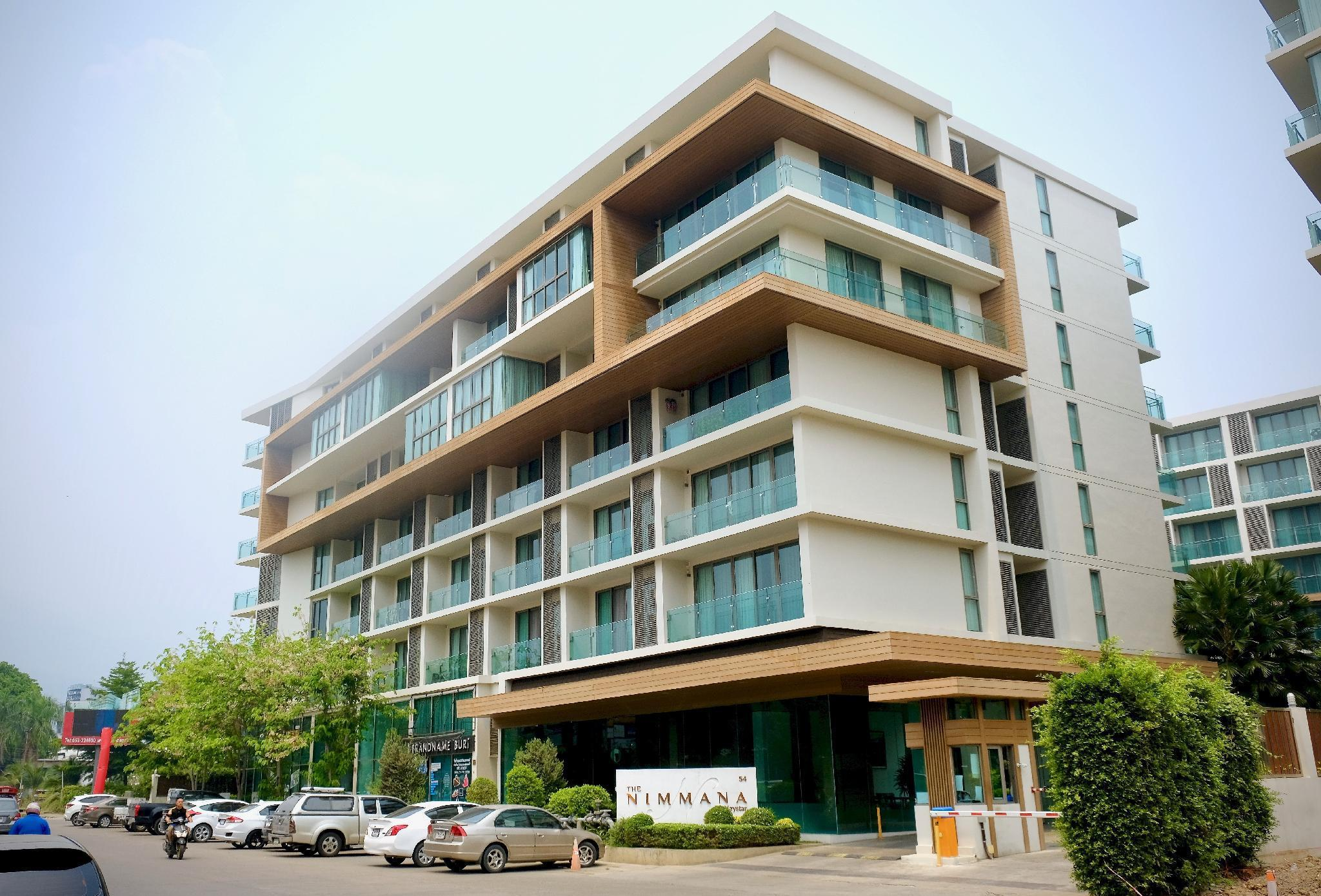 New Modern condo in Nimman Area with pool and gym New Modern condo in Nimman Area with pool and gym