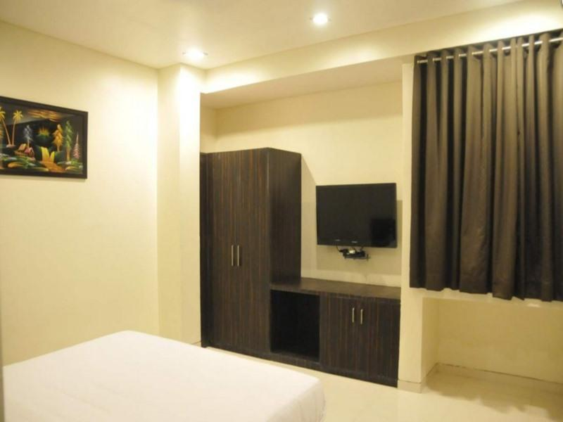 Hotel Avon International