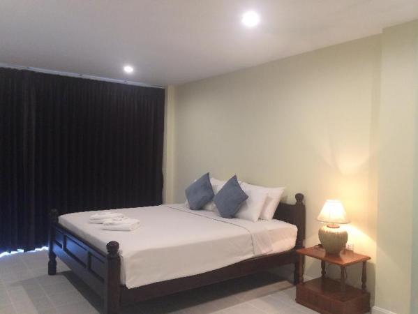 Glitter House Phuket
