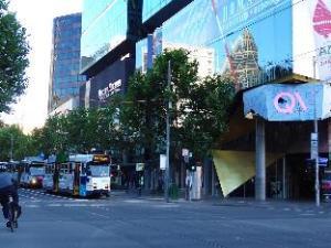 Ibis Melbourne Swanston Street