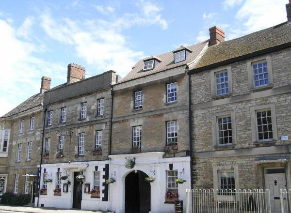 Marlborough Arms Hotel Witney