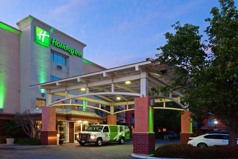 Holiday Inn And Suites San Mateo   SFO
