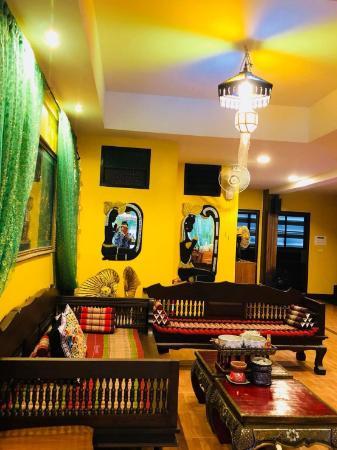 Faikham Hostel Chiang Mai