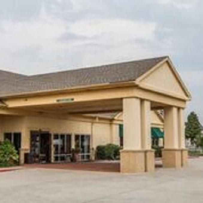 Trident Inn and Suites