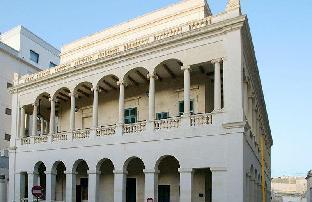 卡普阿皇宮酒店