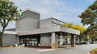 Holiday Inn Burlington Hotel   Conference Centre