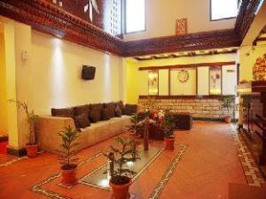 Bellacasa Amoeba Hotel