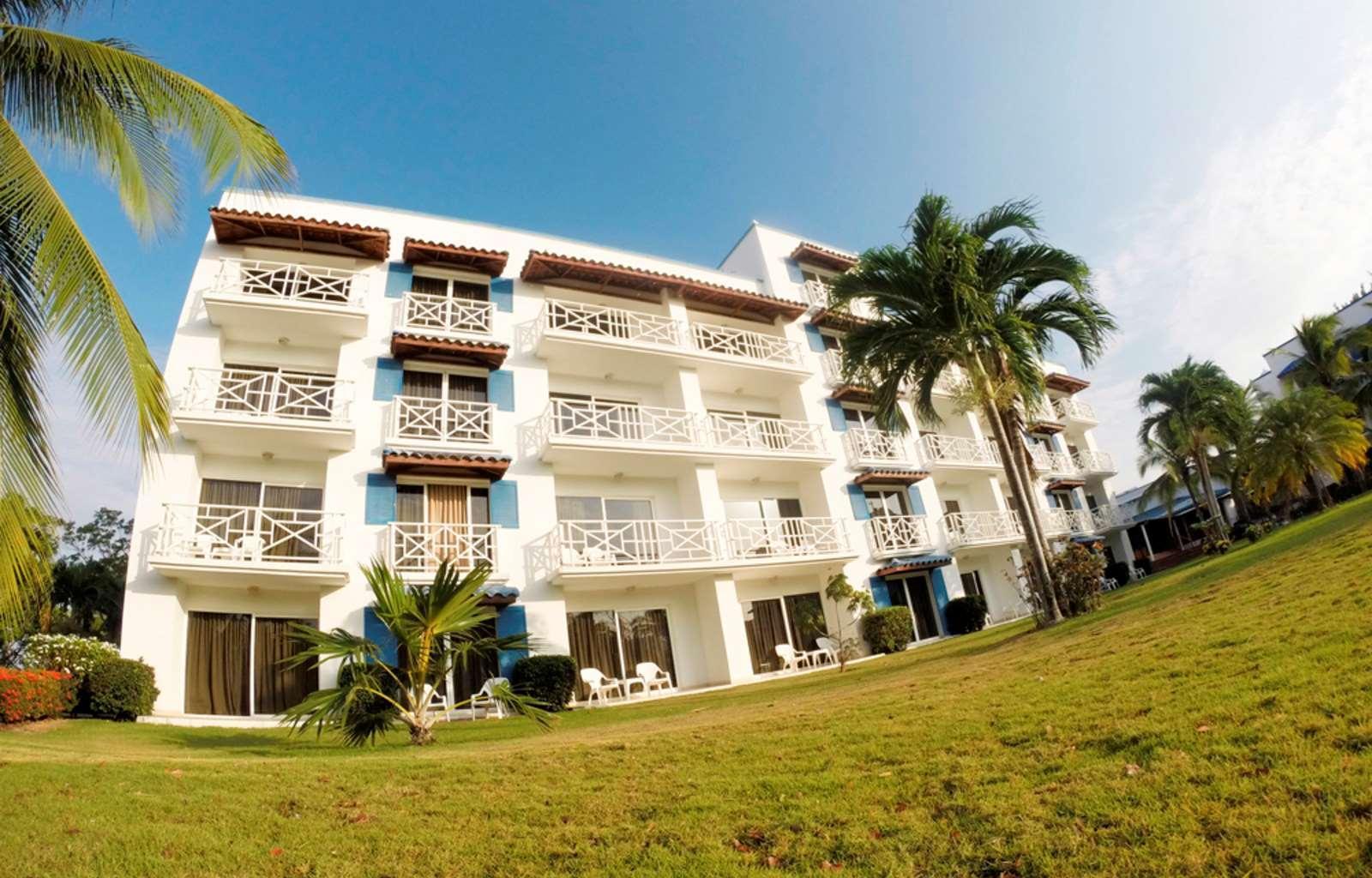 Playa Blanca Beach Resort   All Inclusive