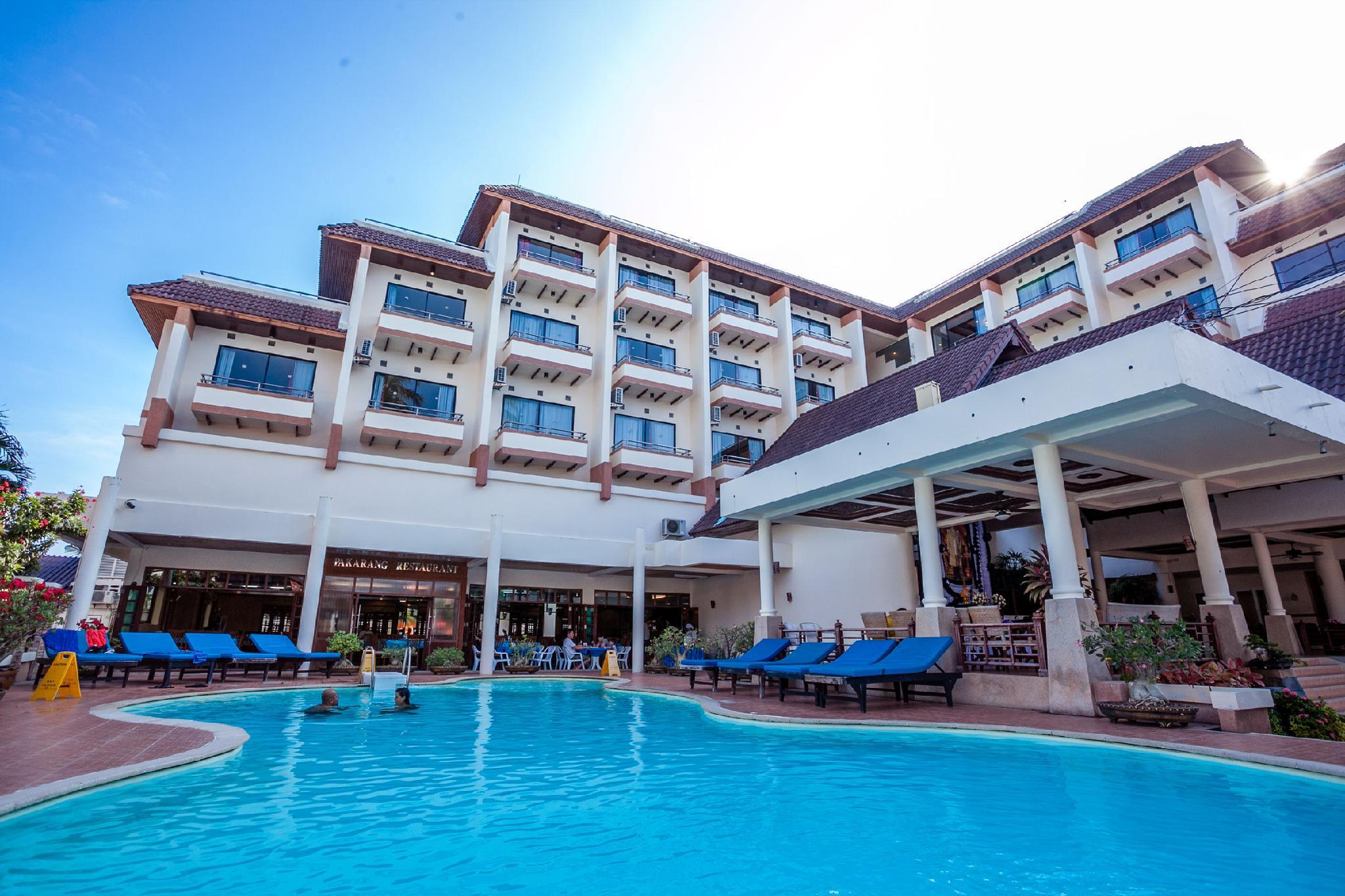 Phi Phi Hotel โรงแรมพีพี
