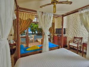 Tentang Olhuveli Beach & Spa Resort (Olhuveli Beach & Spa Resort)