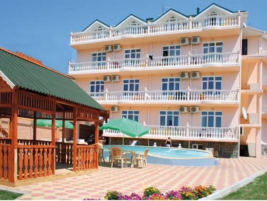 Artika Hotel