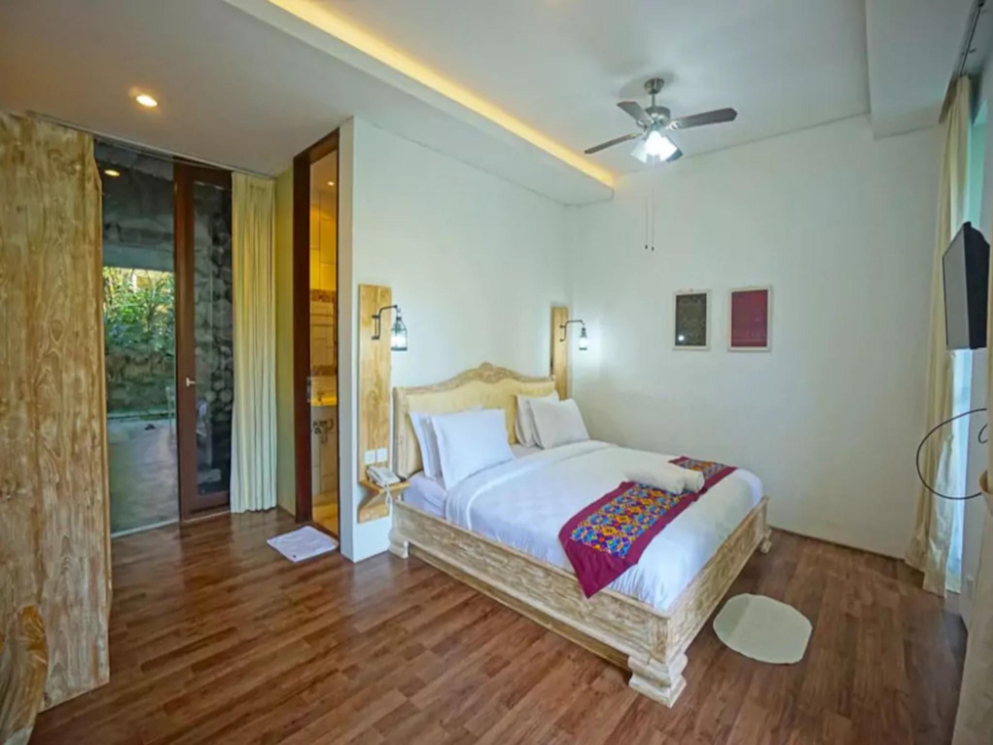 1BR Premium Room 6 W  JUNGLE VIEW In Ubud CENTER