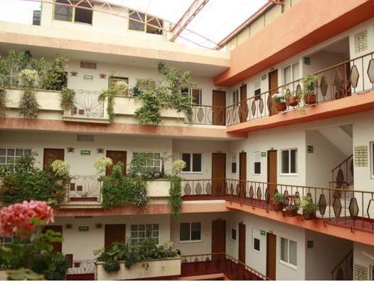 OYO Hotel Santa Maria