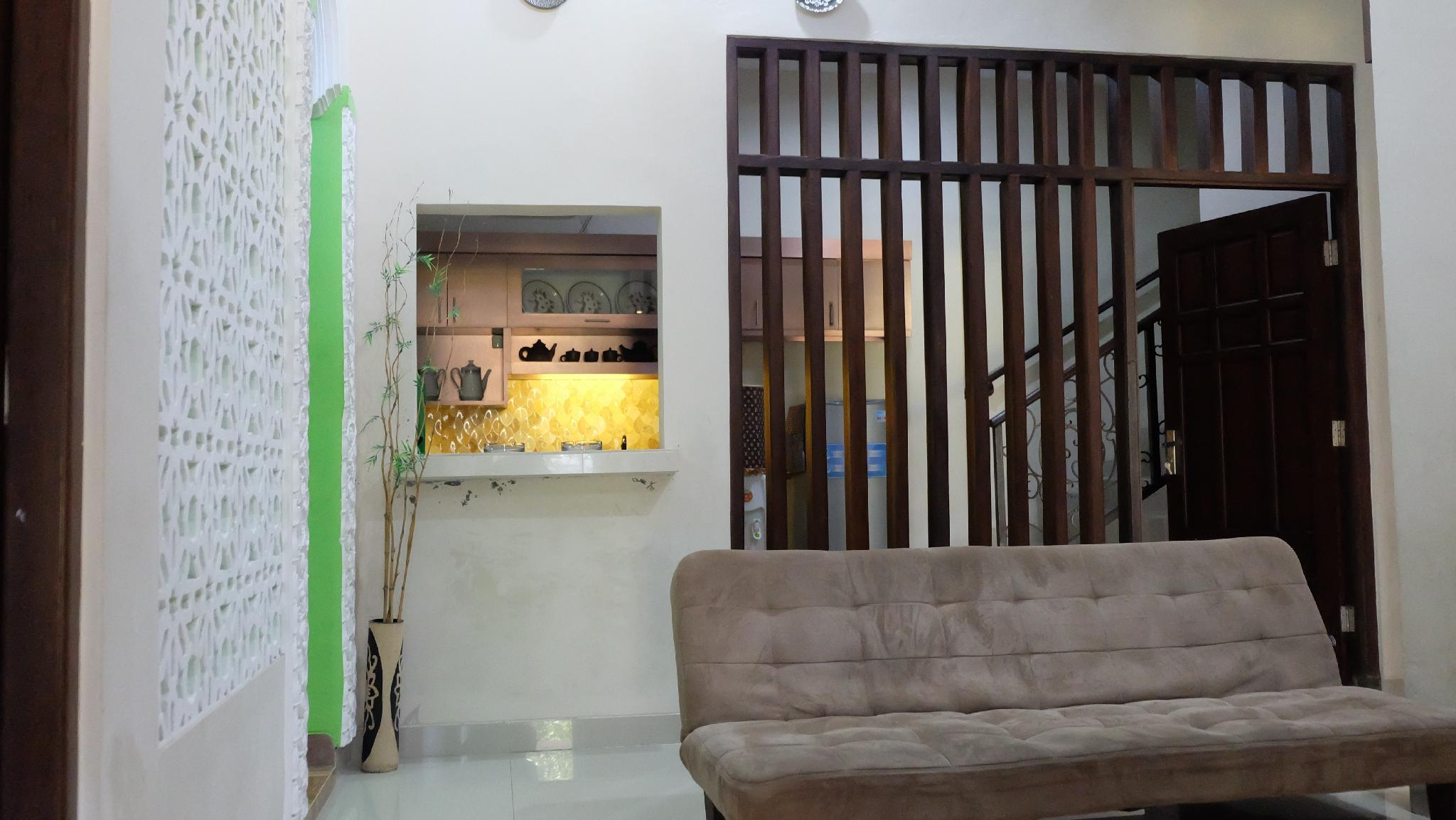 Simply Homy Guest House Unit UTY  3 Kmr Full AC