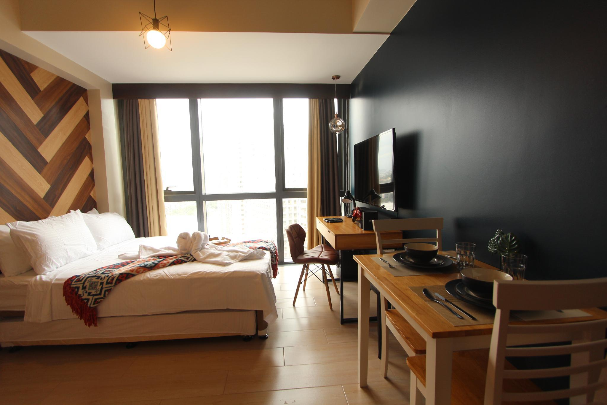 Cloverphsuites @One Eastwood Ave Executive Room I