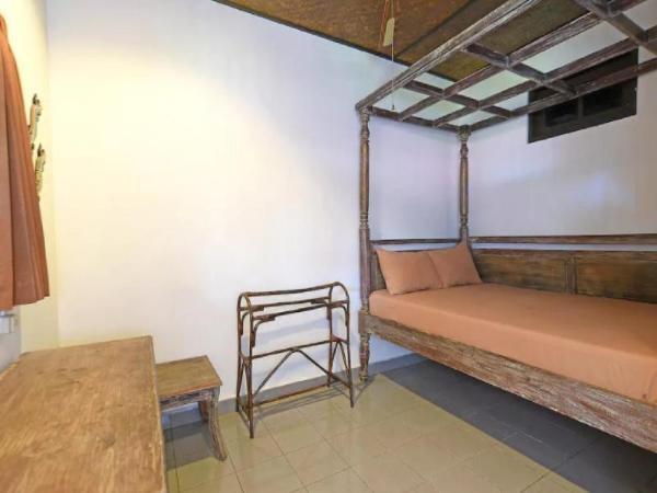 Puri Agung Homestay Legian Room 11 Bali