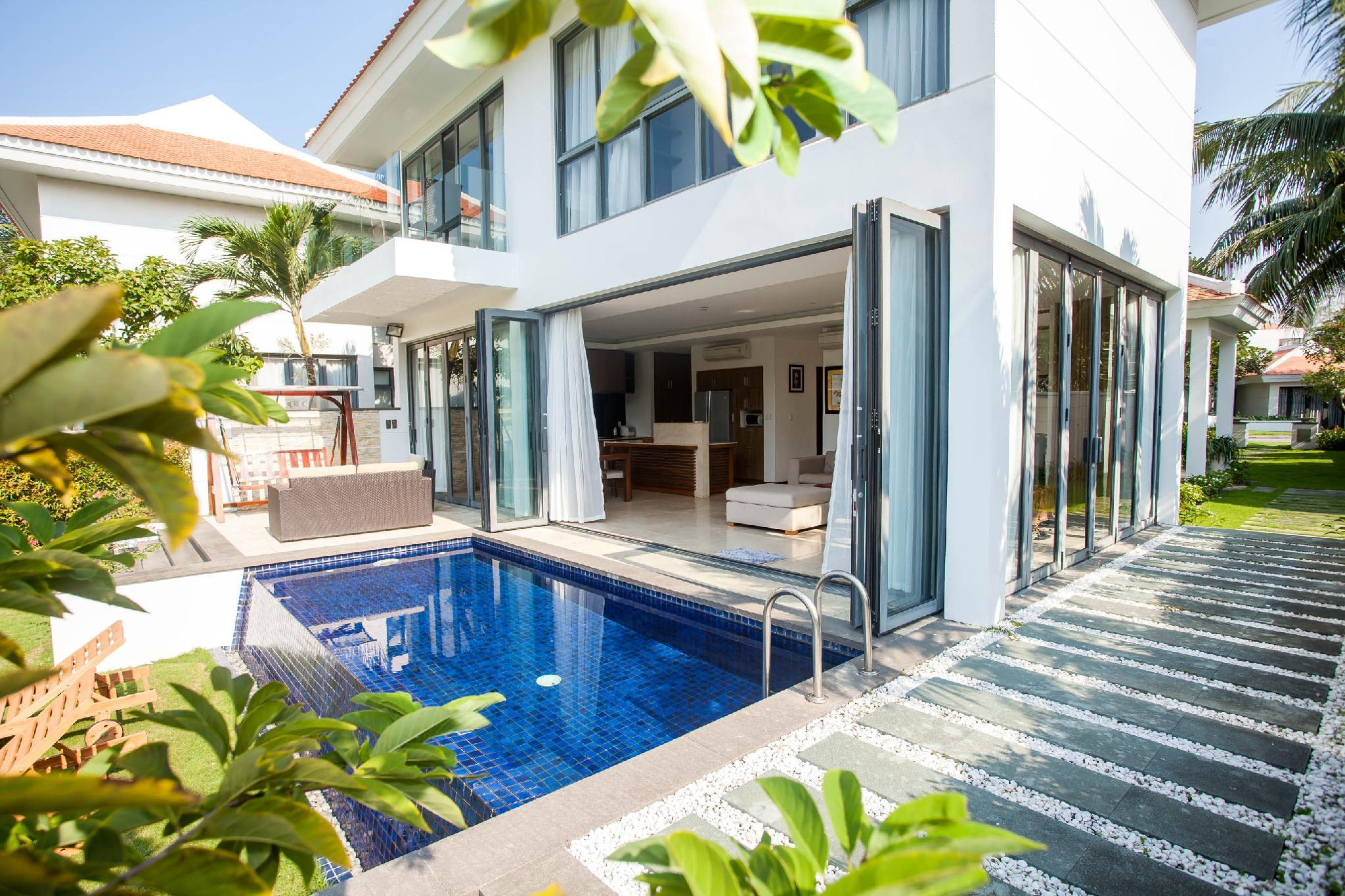 Beautiful Coastal 3BR Villa