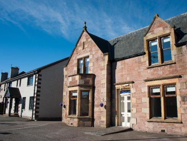 Alban & Abbey House Inverness