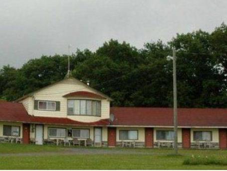 Jemseg Lakeview Motel