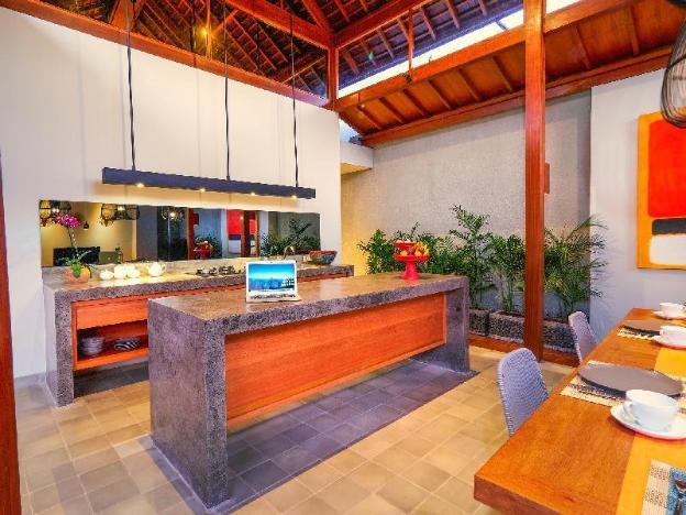Villa Dahlia 10 minutes to Canggu Beach