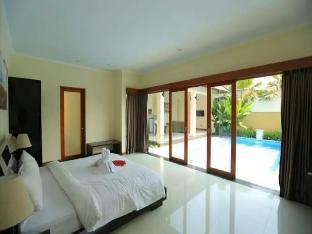 Amazing 1BR Private Pool Villa in Seminyak Bali Denpasar Kota