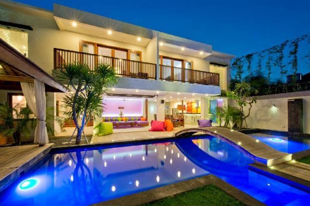 Villa True Colors, 6BR, up to 26 sleeps