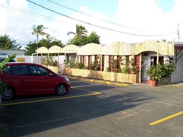 Golden Thistle Hotel
