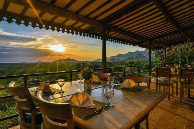 Villa Macan Sumberkima Hill Retreat