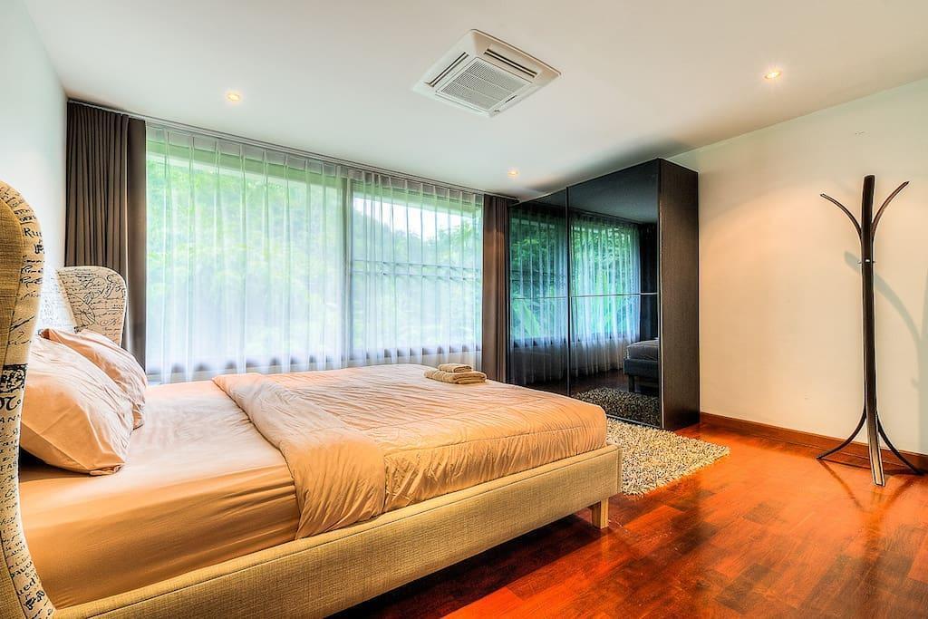 Seaview Pool Villa 5 BDR Lux @ Chalong V5 Seaview Pool Villa 5 BDR Lux @ Chalong V5