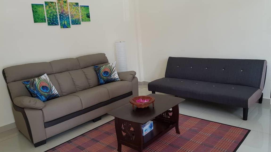 Kabhi's Villa   Homestay  Semi D House
