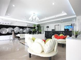 picture 1 of The ADC Hotel