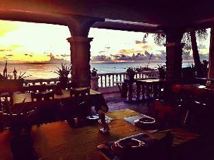picture 5 of Shanedel's Inn & Café