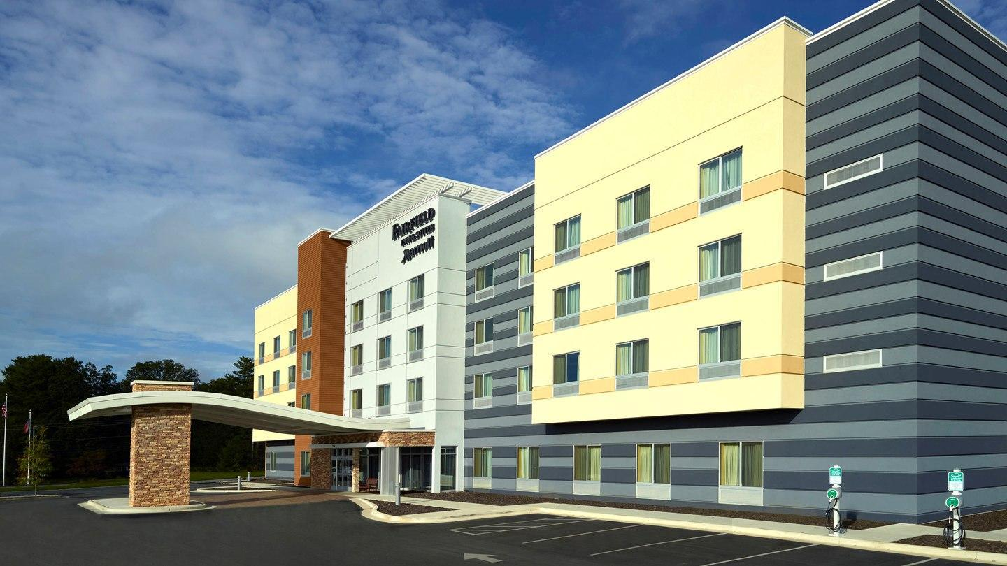 Fairfield Inn And Suites Hendersonville Flat Rock