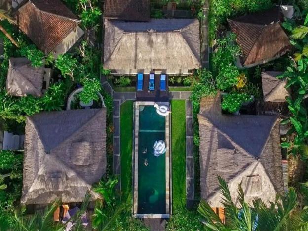 Villa Green-Secured Compound-SunsetView-Pool-Resto