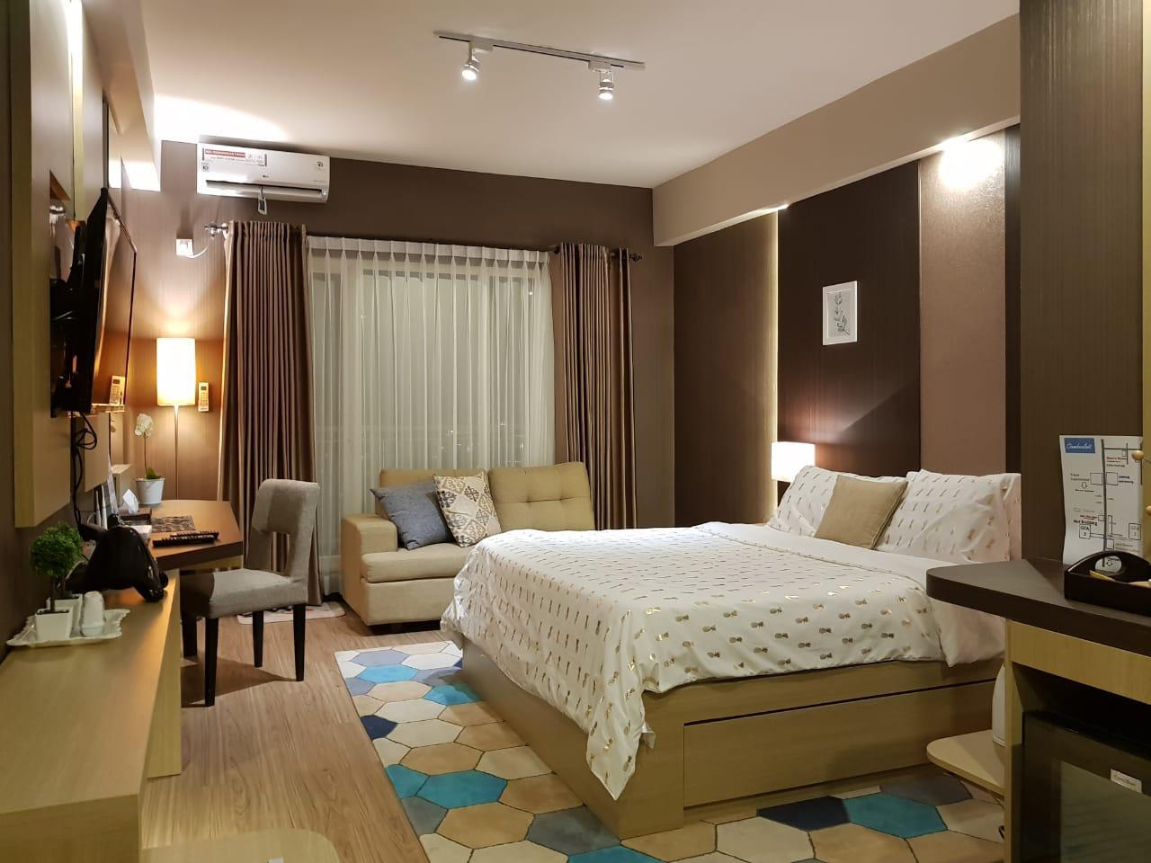 New! Cozy room at Galeri Ciumbuluit for 3 adult Reviews