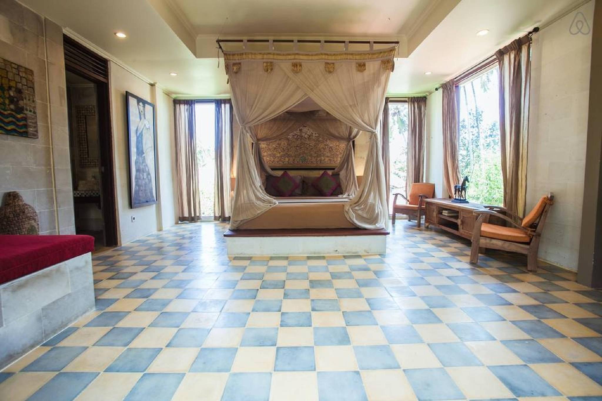 40 OFF Last Minute Designer Suite In A Great Villa
