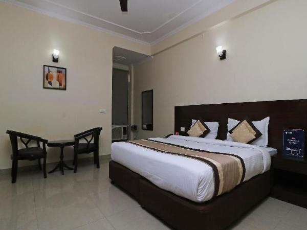 OYO 404 Hotel BlueBell New Delhi and NCR