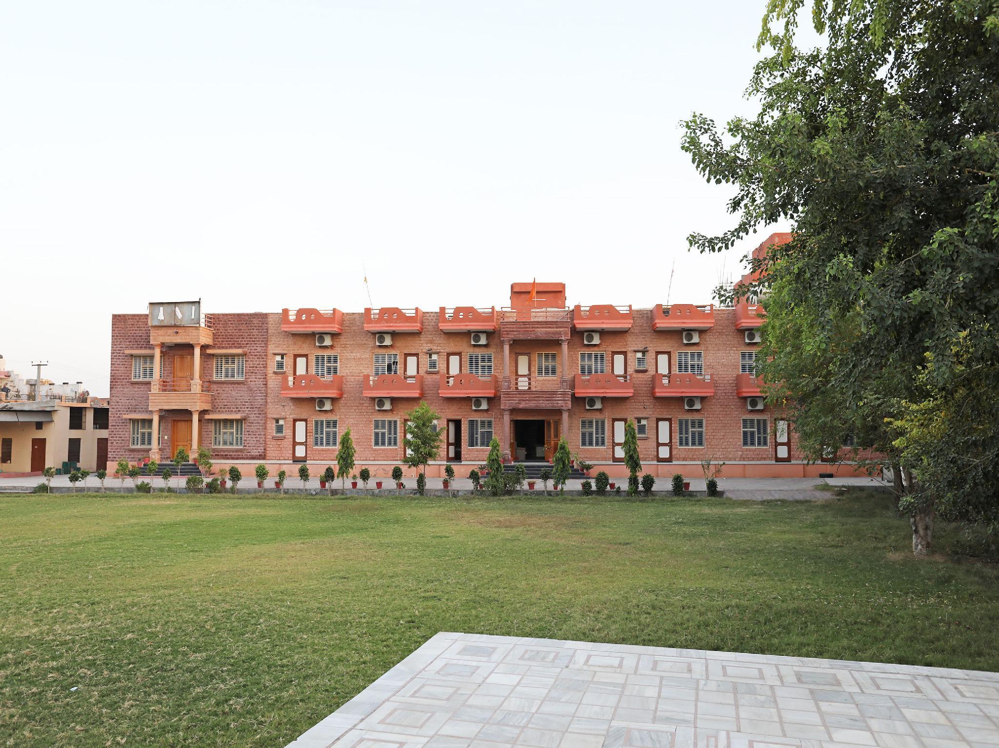 OYO 10422 Hotel Udai Garh Palace