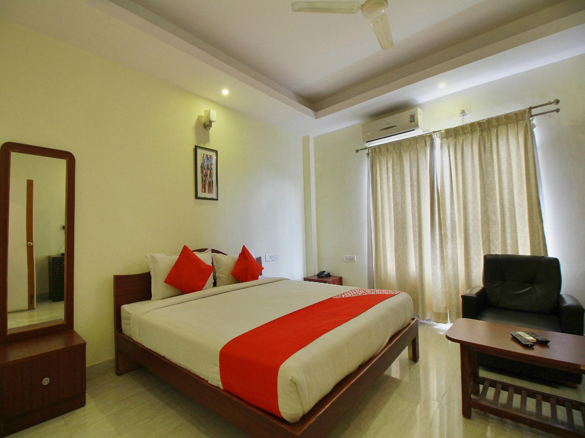OYO 10335 Platinum Hotel