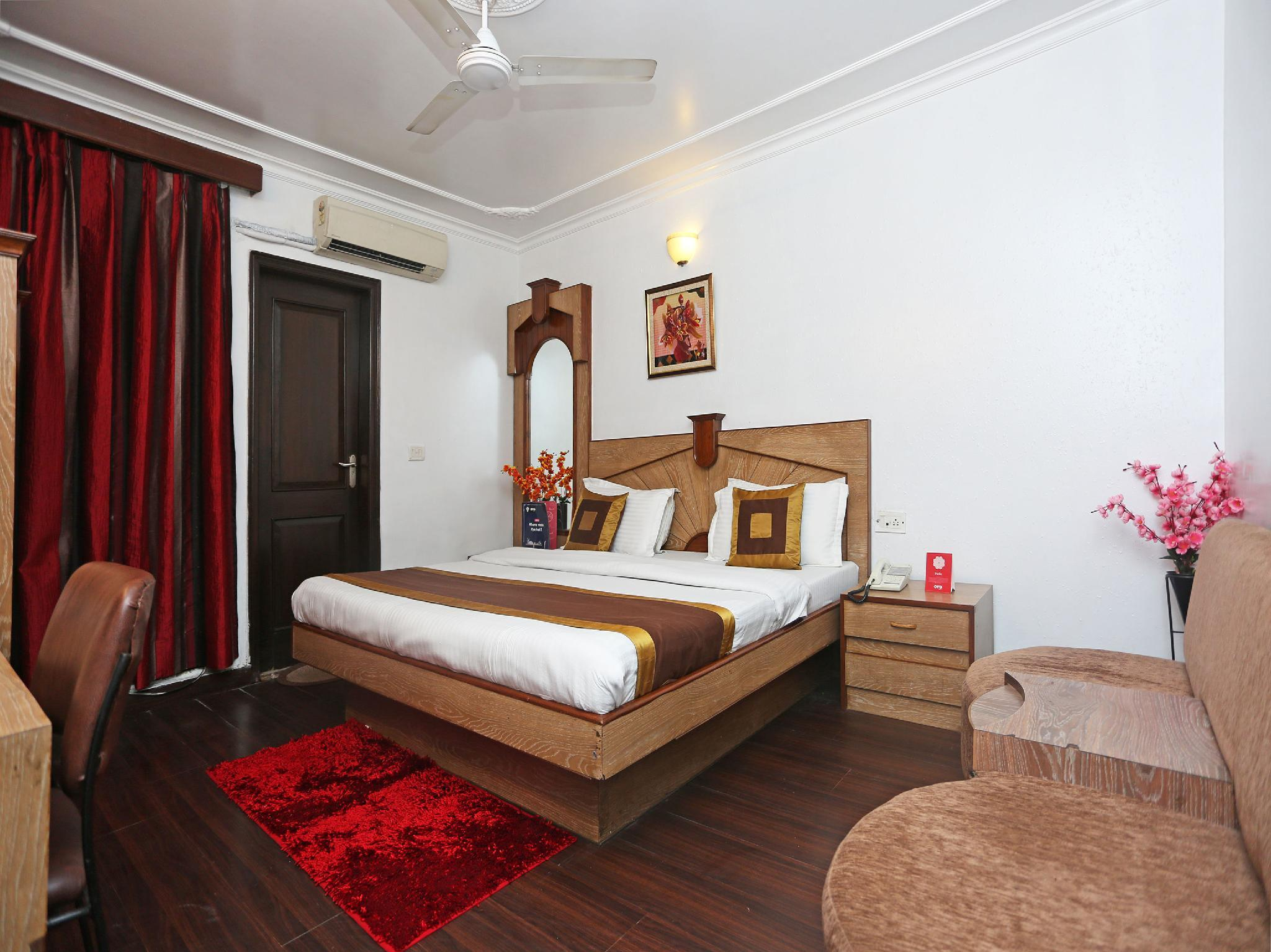OYO 497 Hotel Welcome Palace
