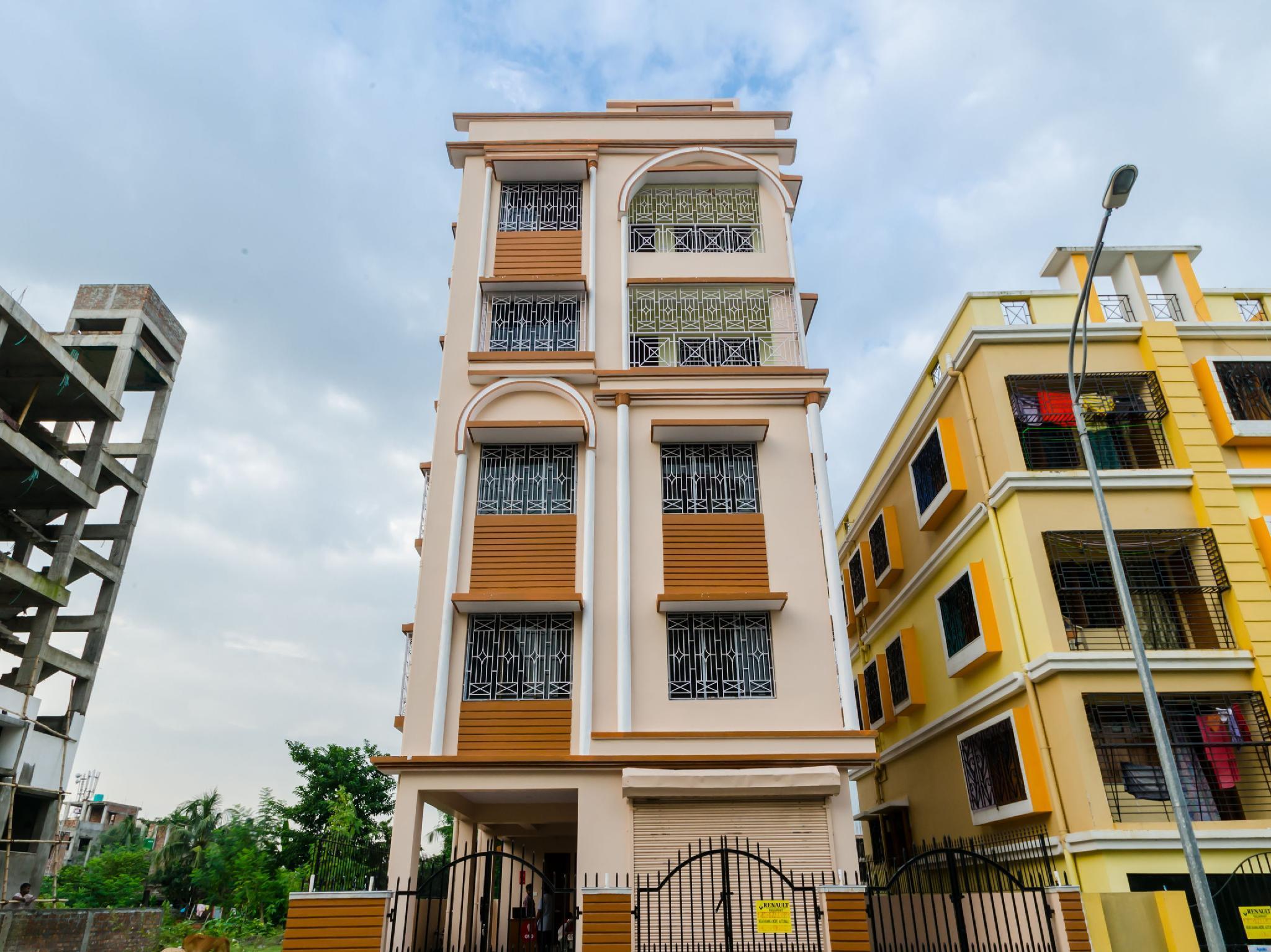 OYO 9232 Hotel Residencia
