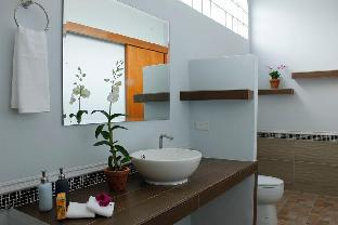 %name Marigold Resort 6BR w/ Large Pool & Garden พัทยา