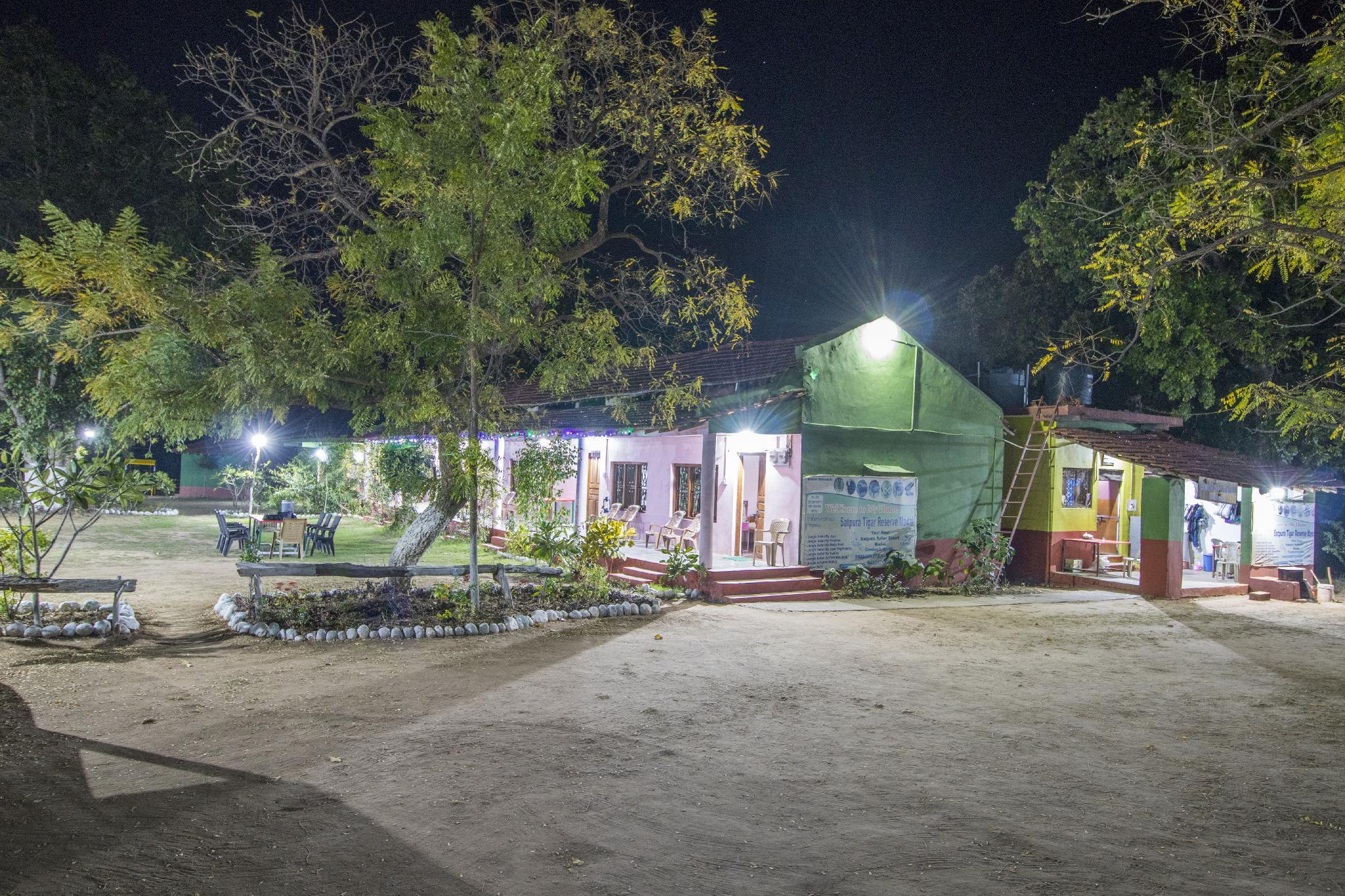 Satpura Safari Resort