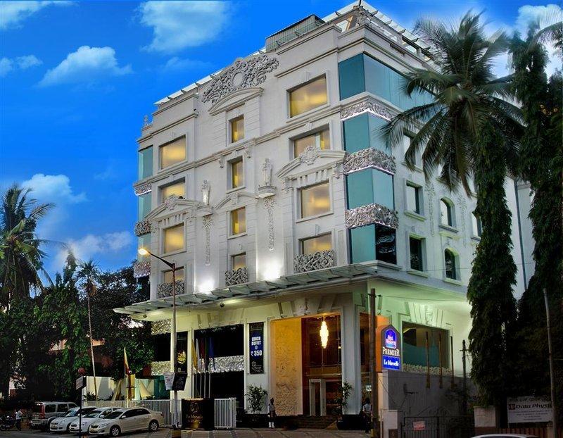 La Marvella   A Sarovar Premiere Hotel