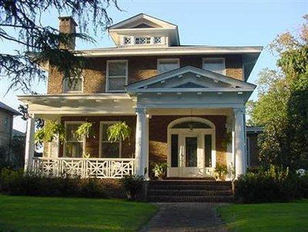 PORT CITY GUEST HOUSE   BED AND BREAKFAST
