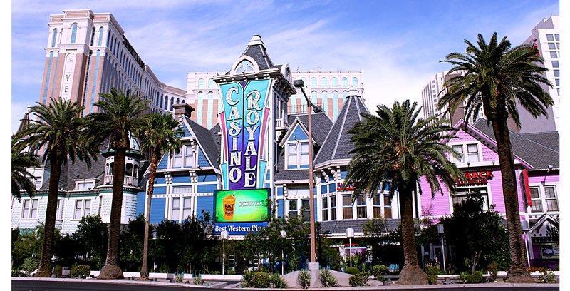 Best Western Plus Casino Royale – Center Strip